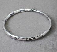 "Religious Theme Bangle - Single Twist - "" Faith, Love, Hope "" - BR-B8364LATS"