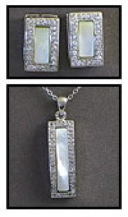 Gift set: Swarovski Cubic Zirconia w/ Opal Necklace & Earring Set