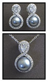 Gift set: Maperla Pearl w/ Swarovski Cubic Zirconia Necklace & Earring Set